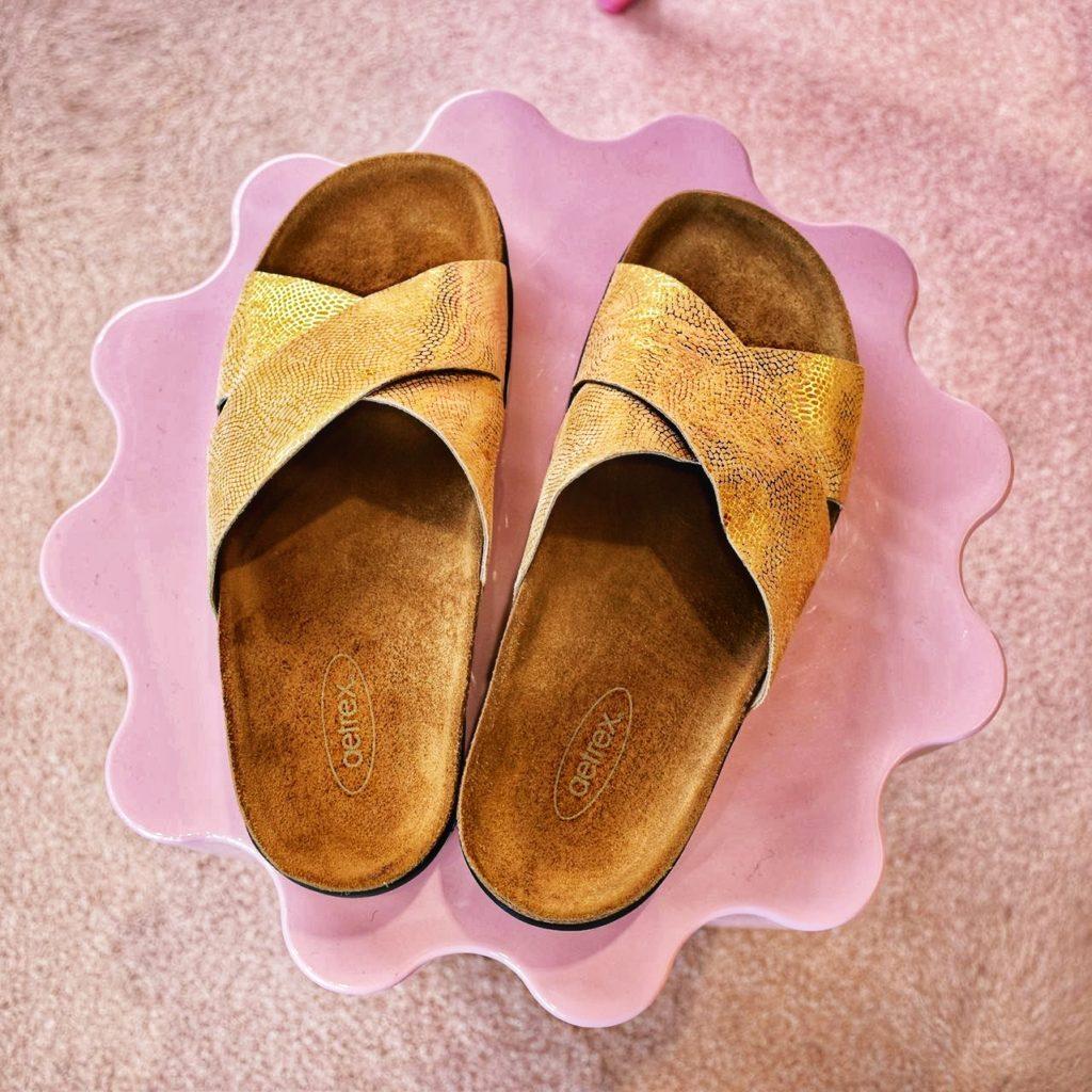 Why I'm Wearing Aetrex Shoes and Fashion Orthotics