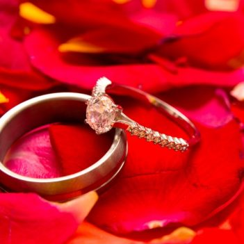 Tips for the Selection of Platinum Diamond Engagement Rings