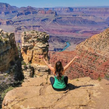 How to Stay Healthy When Traveling This Summer