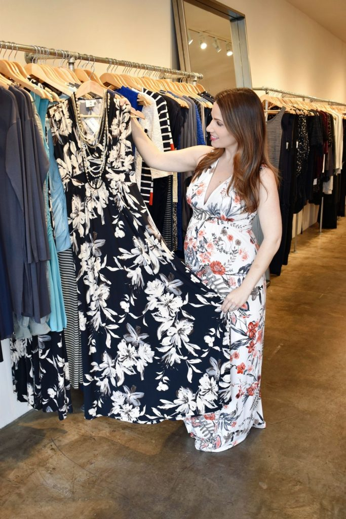 Maternity-Shopping-Tips-for-First-Time-Moms-with-Mom's-the-Word