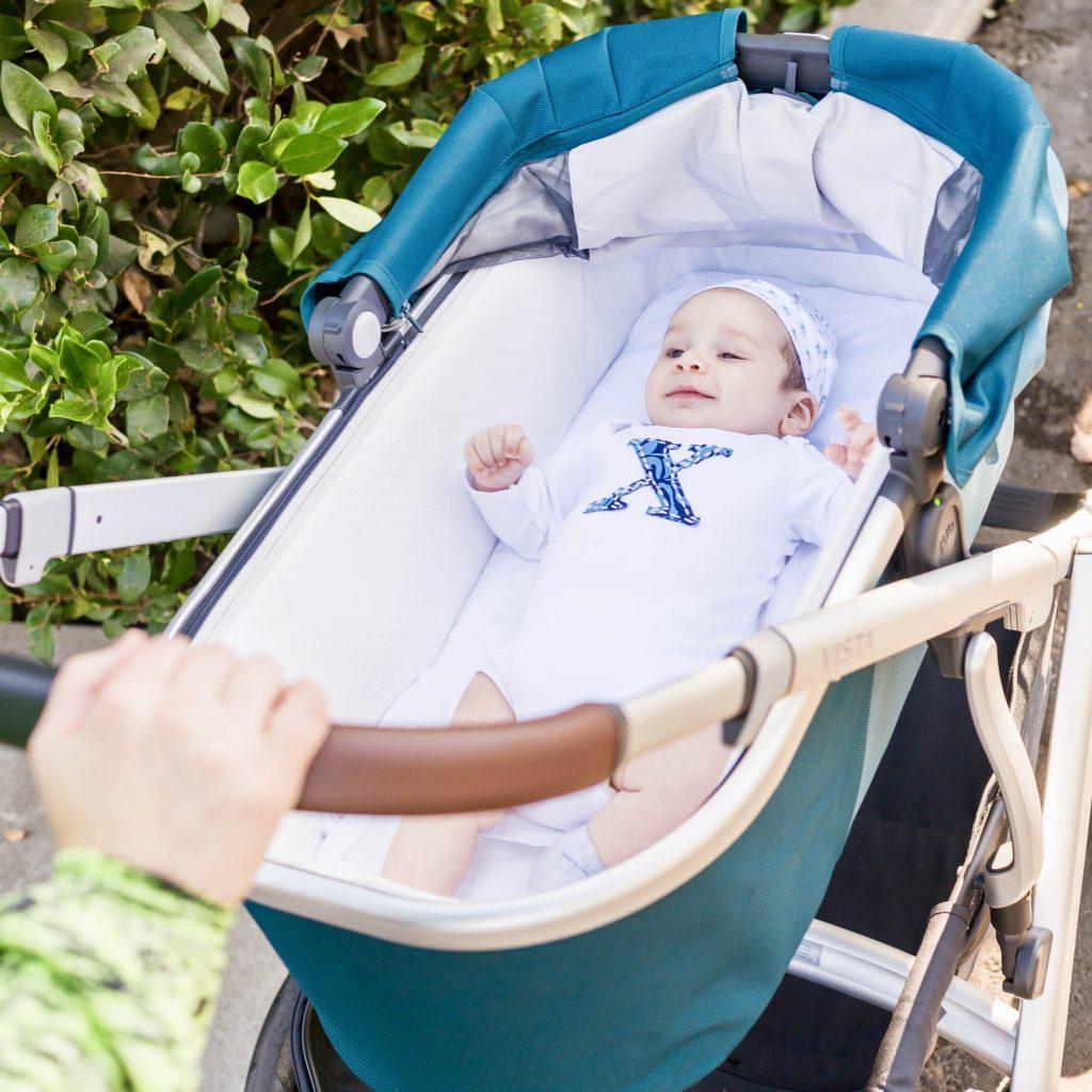 happy-baby-in-stroller-bassinet